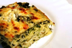 Vegetarian lasagne with ricotta cheese and spinach filling